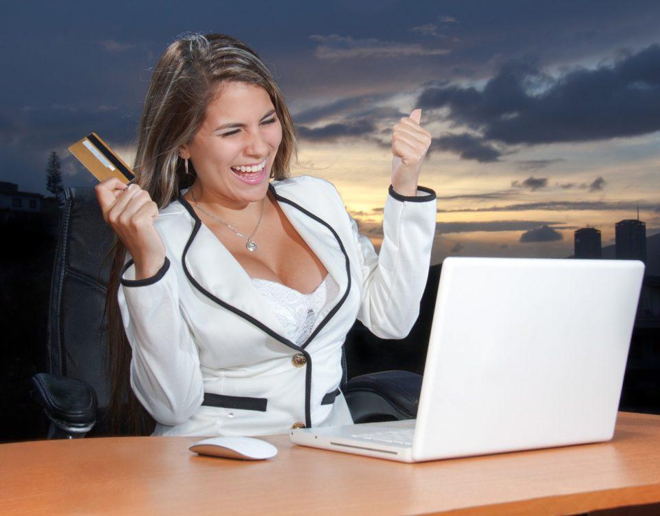 kobieta-kredyt-zakupy