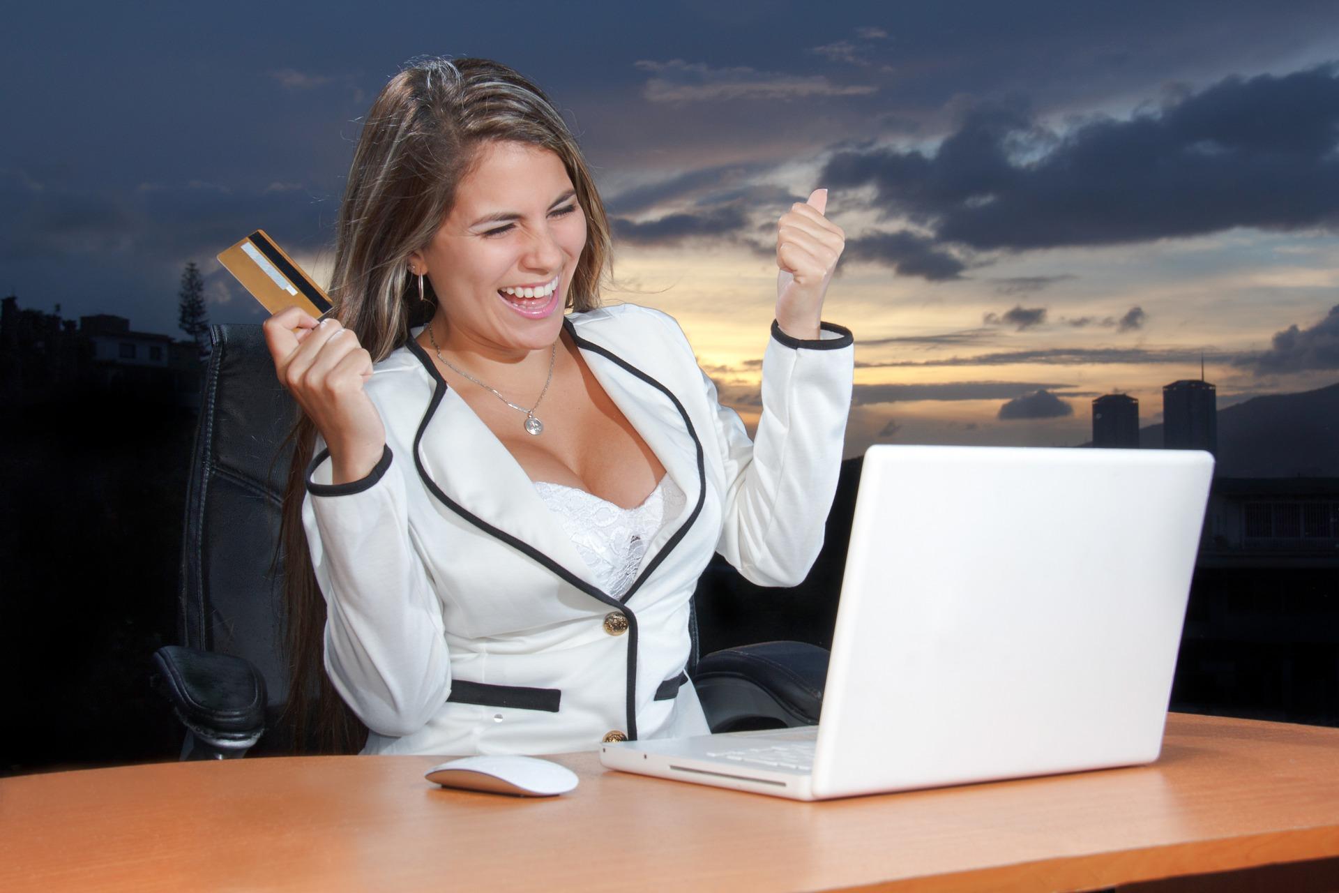 Kobiety i kredyty. Panie pożyczają niechętnie?
